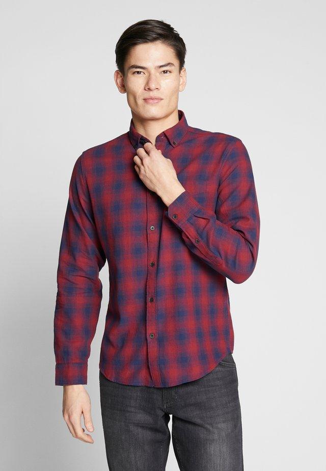 Košile - reds