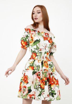 NAPOLI - Day dress - milchig / orange