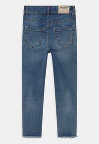 Blue Effect - GIRLS HIGH WAIST CROPPED ULTRASTRETCH KNEE CUT OPEN SEAM - Jeans Skinny Fit - medium blue - 1