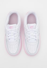 Nike Sportswear - AIR FORCE 1 BRICK - Sneakers basse - white/pink - 3