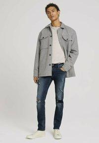 TOM TAILOR DENIM - PIERS - Slim fit jeans - destroyed mid stone blue denim - 1