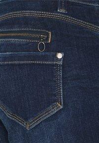 Freeman T. Porter - BELIXA - Denim shorts - fever - 2