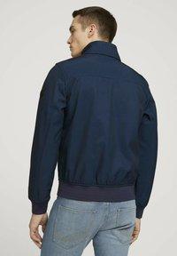 TOM TAILOR - MIT STEHKRAGEN - Outdoor jacket - blue twill structure - 2