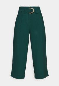 Vero Moda - VMORLA PANTS - Trousers - sea moss - 4