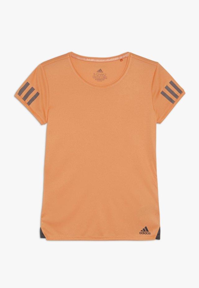 CLUB TEE - Triko spotiskem - orange
