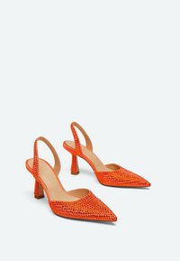 Uterqüe - MIT STRASS - Classic heels - orange - 1