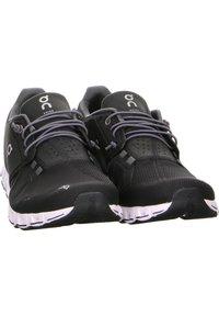 On Running - CLOUD - Neutral running shoes - schwarz - 4