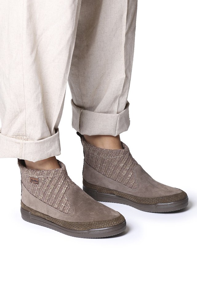 GIGI-AX - Boots à talons - taupe