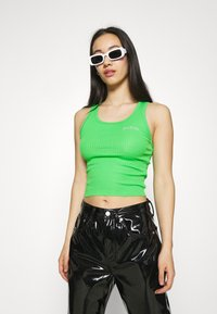 BDG Urban Outfitters - SCOOP TANK - Top - green - 3