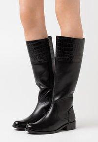 Caprice - Vysoká obuv - black - 0