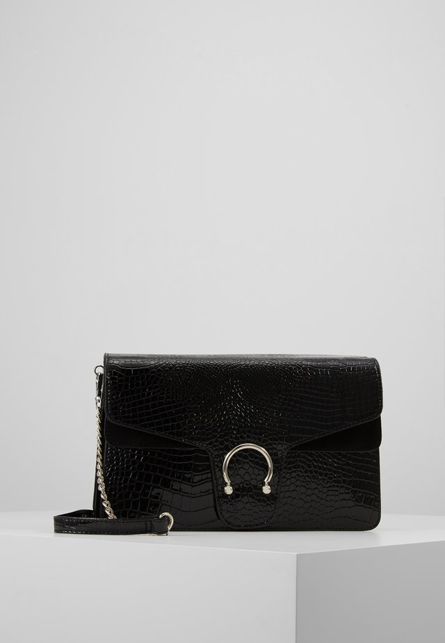 CROC DETAIL SHOULDER BAG - Handtas - black