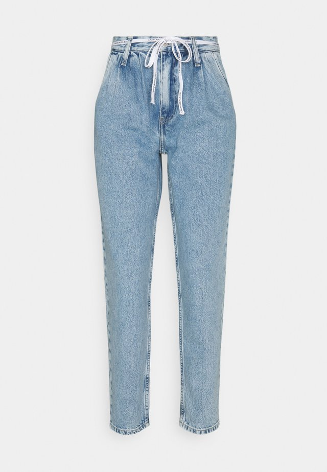 MOM  - Jeansy Relaxed Fit - denim light