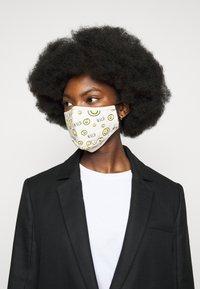 WALD - ALL OVER MASK - Masque en tissu - white - 2