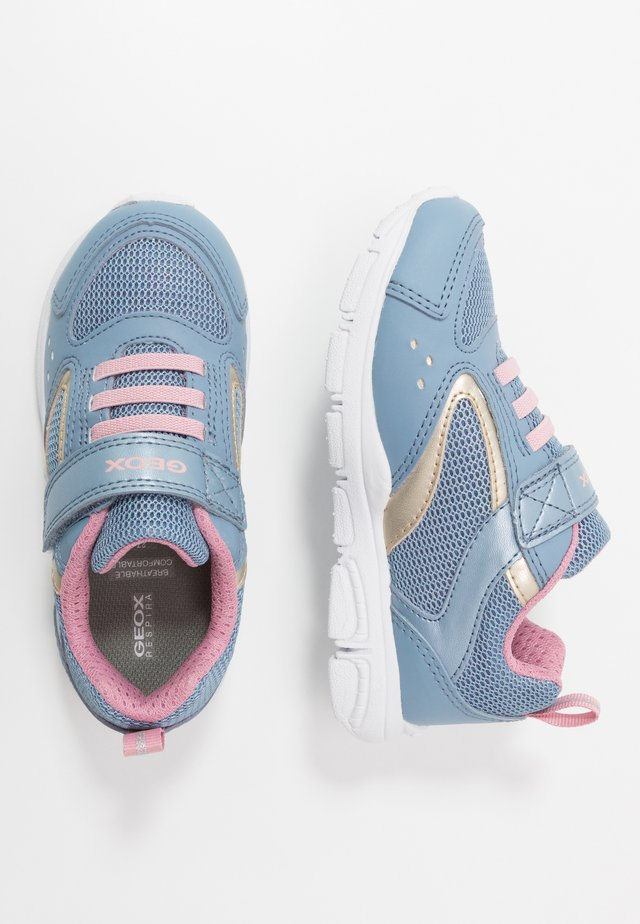 NEW TORQUE GIRL - Sneaker low - avio/light gold