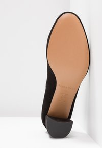 Pura Lopez - Classic heels - black - 6