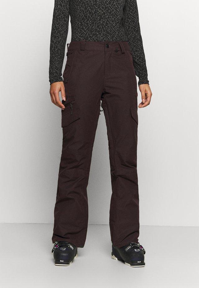 ASTON GORE TEX PANT - Talvihousut - black red