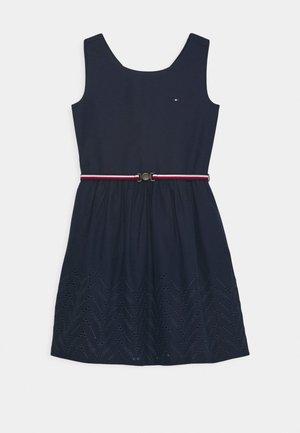 SHIFFLEY HEM DRESS - Denní šaty - twilight navy
