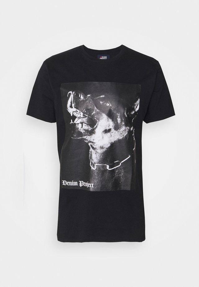 DP DOG TEE - T-shirt con stampa - black