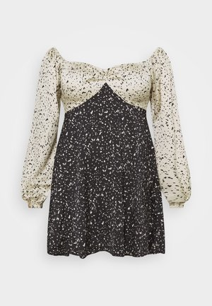 MIX PRINT DALMATION DRESS - Kjole - black