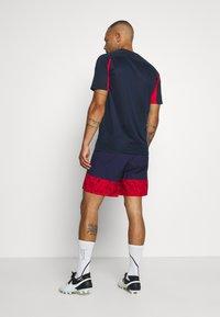 Nike Performance - FRANKREICH FFF SHORT - Pantalón corto de deporte - blackened blue/university red - 2