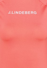 J.LINDEBERG - MARGOT SOFT COMPRESSION - Print T-shirt - tropical coral - 2