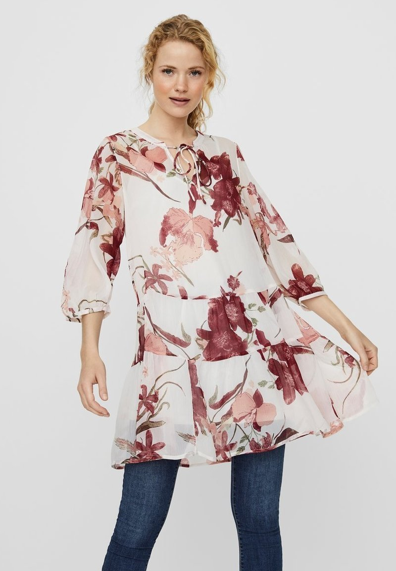 Vero Moda - VMWONDA TUNIC - Day dress - birch 2