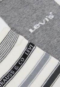 Levi's® - LABEL STRIPE REGULAR CUT 2 PACK - Socks - middle grey melange/anthracite - 1