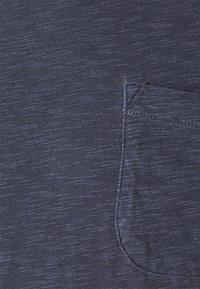 YMC You Must Create - WILD ONES POCKET - T-shirt basique - navy - 6