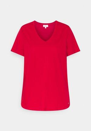 Basic T-shirt - true red
