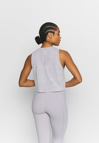 Cotton On Body - LIFESTYLE SEAMLESS YOGA CROPPED TANK - Top - quail wash - 2