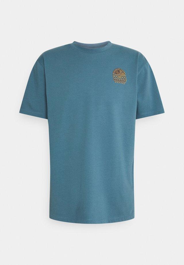 UNISEX SUNSPOTS - T-shirt con stampa - sky blue