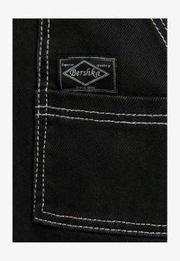 Bershka - Flared Jeans - dark grey - 4