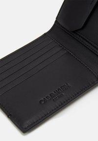 Calvin Klein - BIFOLD COIN - Portemonnee - black - 4