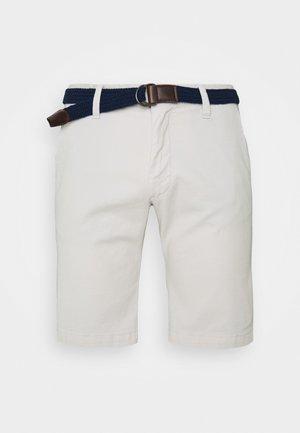 BERMUDA WITH BELT - Shorts - light grey