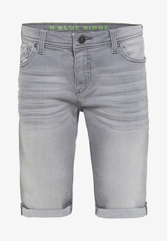 WE FASHION JONGENS SLIM FIT DENIMSHORT - Jeansshort - light grey