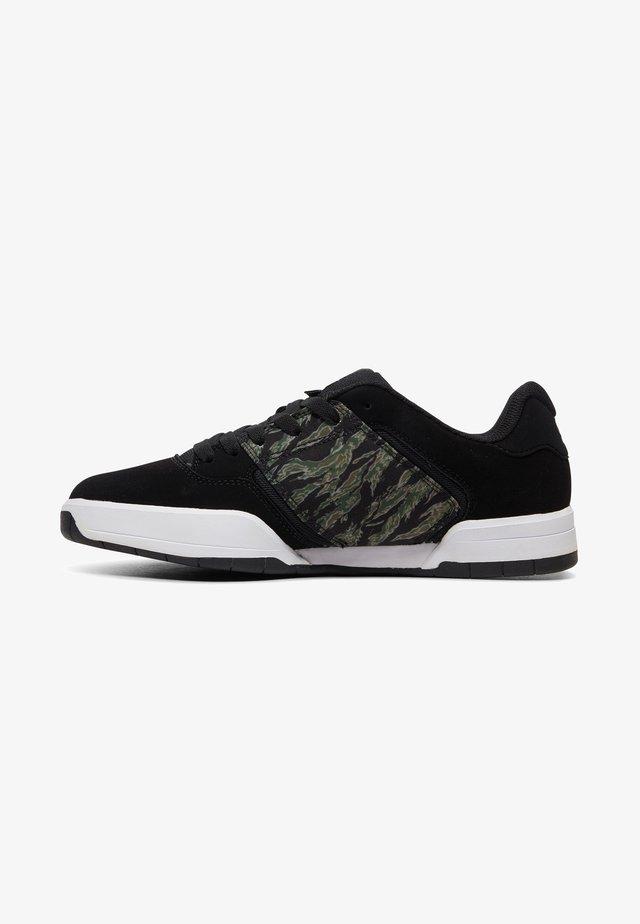 CENTRAL - Skateschoenen - black/camo