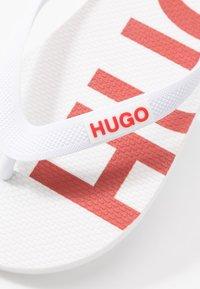 HUGO - ONFIRE - Pool shoes - white - 2