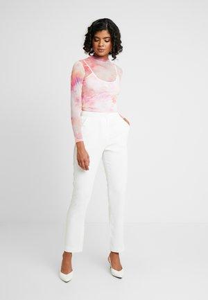 SPARKLING EDGE - Trousers - white