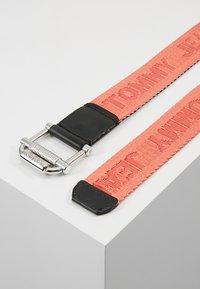 Tommy Jeans - WEBBING BELT 3.5 - Belt - multi - 2