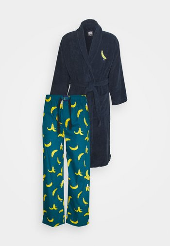 BATHROBE PYJAMA PANTS BANANAS SET