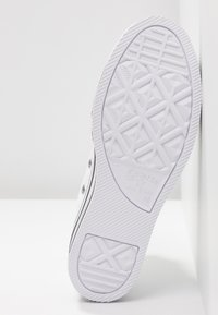 Converse - CHUCK TAYLOR ALL STAR PLATFORM - Zapatillas altas - white - 6