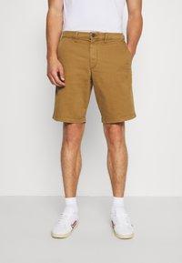 GAP - IN SOLID - Shorts - palomino brown global - 0