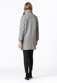HALLHUBER - Classic coat - silbergrau - 2