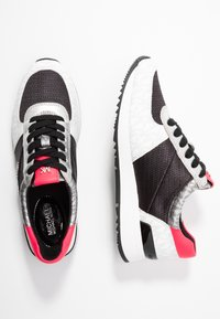 MICHAEL Michael Kors - ALLIE TRAINER - Sneakers - black/multicolor - 3