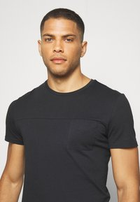 Pier One - T-shirts basic - black - 3