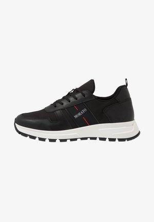 RUN SLIDE - Sneakers laag - black