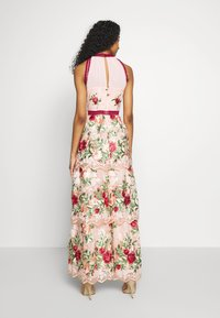 Chi Chi London - ROSALEEN DRESS - Iltapuku - pink - 2