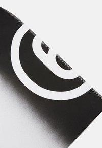 MM6 Maison Margiela - SHINY PLEATHER BERLIN BAG - Tote bag - white - 5