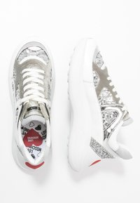 Love Moschino - SUPER HEART - Trainers - multicolor - 3