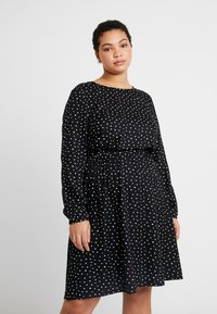 MY TRUE ME TOM TAILOR - FLUENT ELASTIC WAIST DRESS - Day dress - black/white - 0